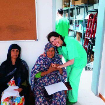 Cristina Sevilla: Oftalmóloga voluntaria en los campamentos saharauis de Argelia con Médicos del Mundo| Mujerhoy.com