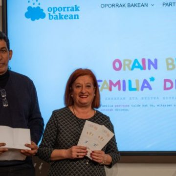 """Bilbao apoya la campaña """"Oporrak Bakean-Vacaciones en Paz"""" para impulsar la acogida de niñas y niños saharauis durante el verano – Delegación Saharaui en Euskadi"""