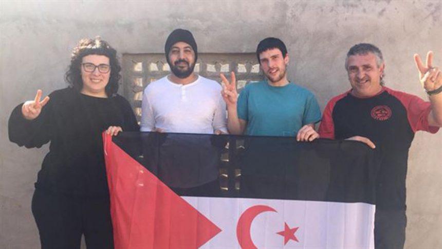 Los activistas expulsados del Sahara acuden al Parlamento navarro para pedir una respuesta política – Política – Navarra.com