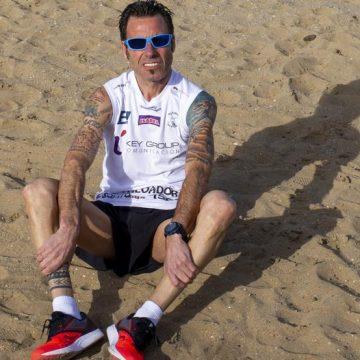 Mundo Deportivo: Jon Salvador vuelve a la arena del Sahara Marathon tras una recuperación exprés
