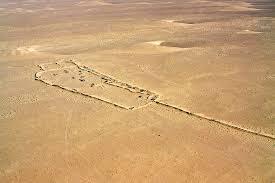Poemario por un Sahara Libre: ONU aúna fuerzas para limpiar el Berm, el campo minado del Sahara Occidental