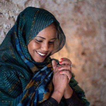 L'artiste sahraouie Aziza Brahim dénonce sa déprogrammation à l'Institut du monde arabe – aps,dz