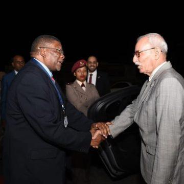 Arribó a Sudafrica el presidente saharaui y Secretario General del Frente Polisario | Sahara Press Service