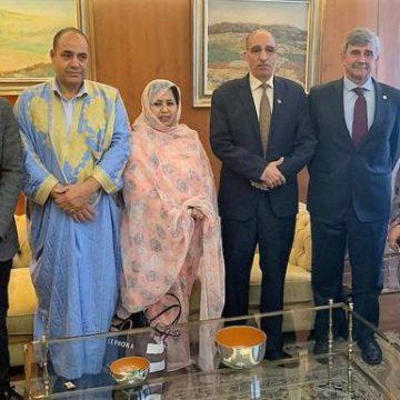 Una delegación de la República Saharaui visita al rector de la ULE | Leonoticias