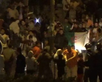 Miles de saharauis salen a las calles para celebrar la victoria de Argelia | POR UN SAHARA LIBRE .org – PUSL