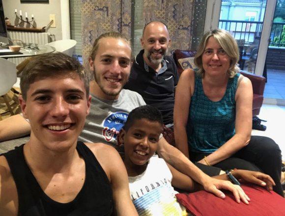 Vacances en pau. Solidaritat amb el Sàhara i convivència en família   Fons Català de Cooperació al Desenvolupament